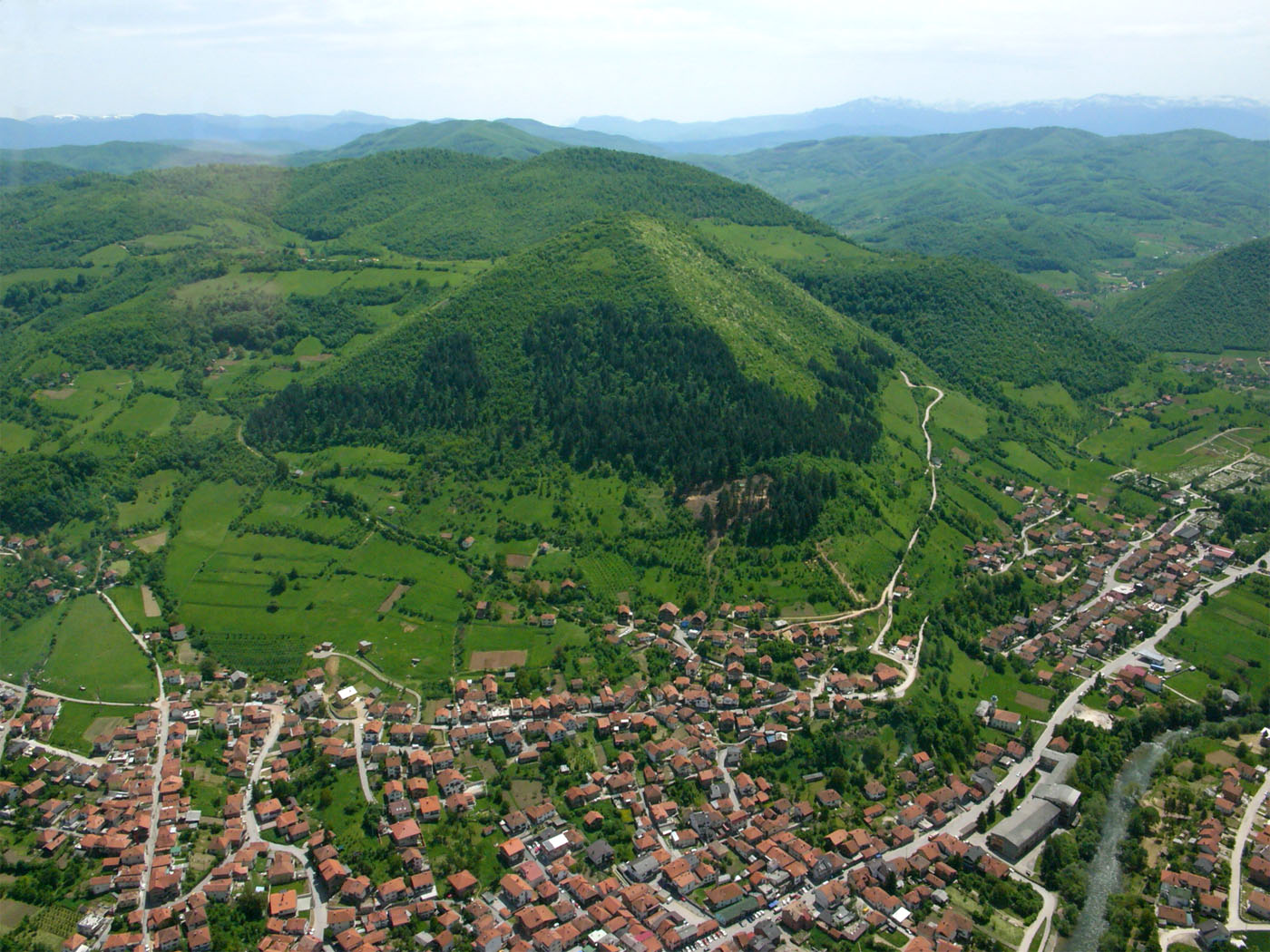 Discovery of New Prehistoric Underground Tunnels at Bosnian Pyramids  Visoko