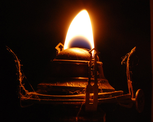 Mystery Solved: Ancient Tomb Lamps Still Found Burning - Kathy J ...